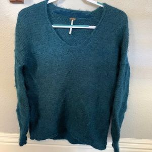 Free people fuzzy long sleeve vneck sweater  S/P